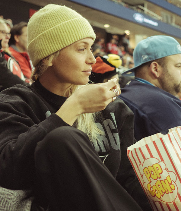 emilie lilja, New York, Hockey game 2019