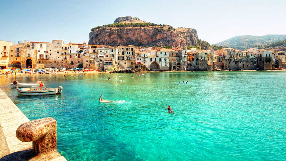 Flights from USA to Sicily